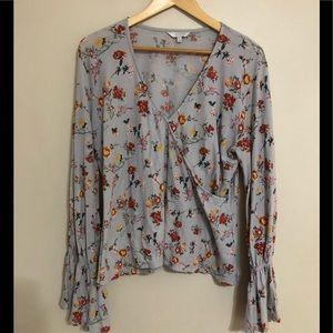 Lucky brand wrap style top bell sleeve